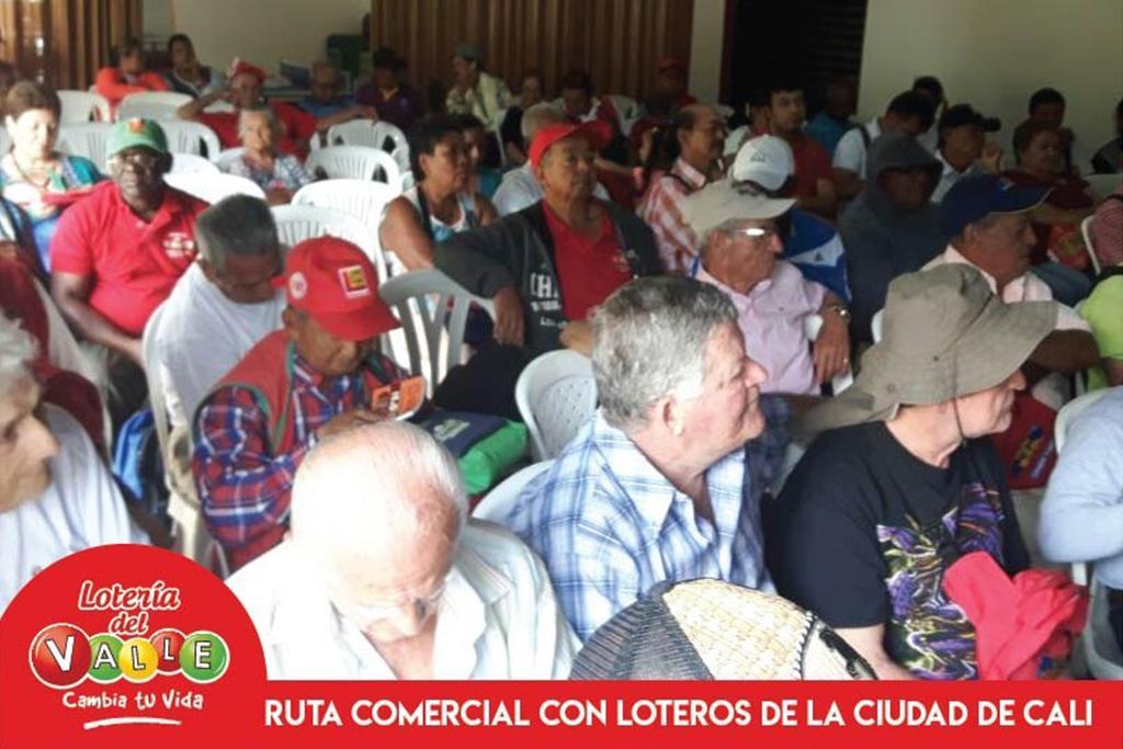 """<a href=""""/fotos/general/la-direccion-comercial-de-la-loteria-del-valle-arranca-con-la-ruta-promocional-en-el"""">LA DIRECCIÓN COMERCIAL DE LA LOTERÍA DEL VALLE ARRANCA CON LA RUTA PROMOCIONAL EN EL VALLE DEL CAUCA EN LA CIUDAD DE CALI</a>"""